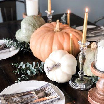 Modern Rustic Thanksgiving Tablescape