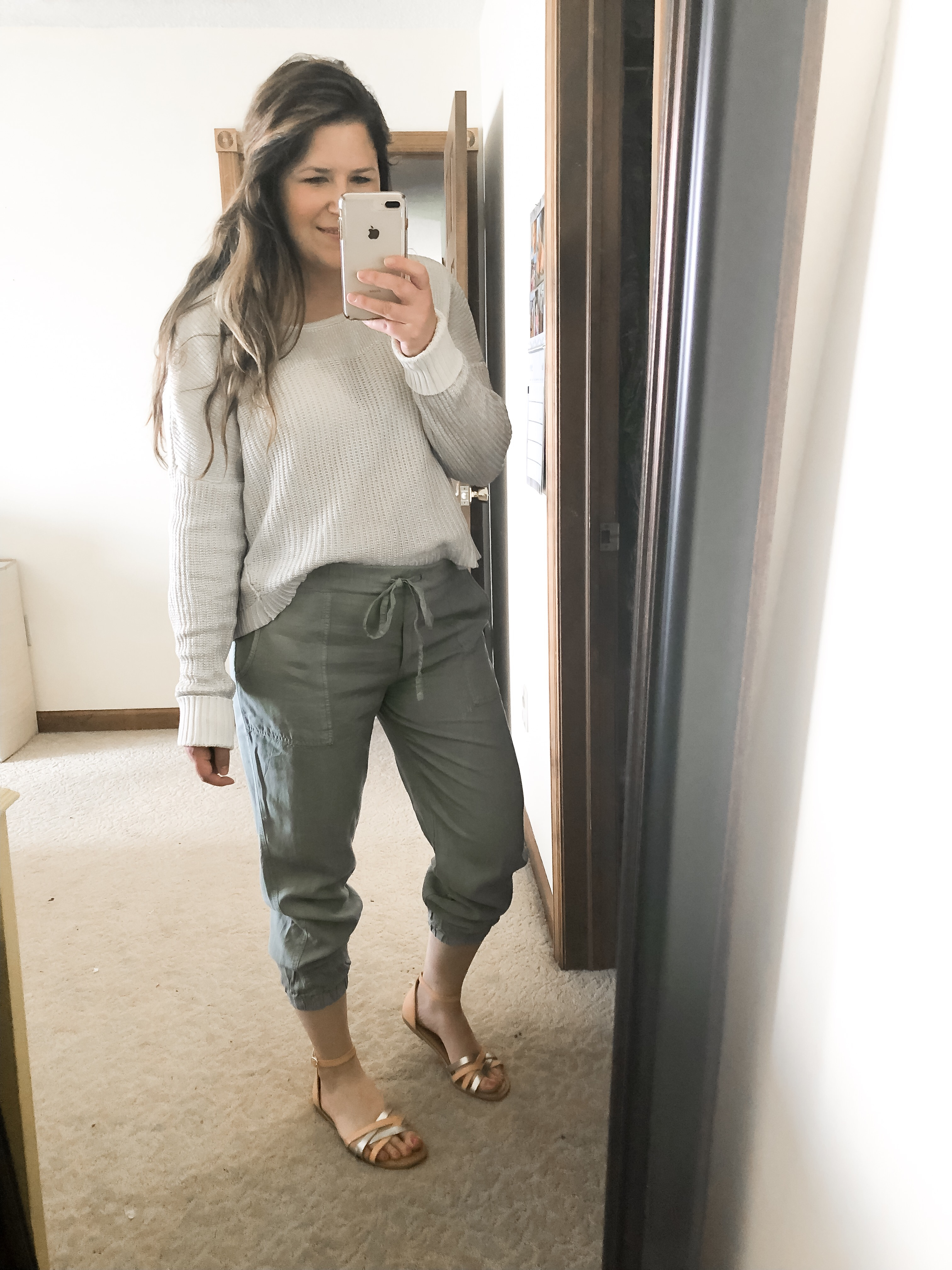 Casual spring linen joggers outfit with sweater