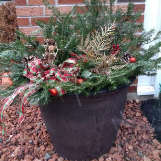 Step by Step Tutorial to Create a Christmas Outdoor Urn